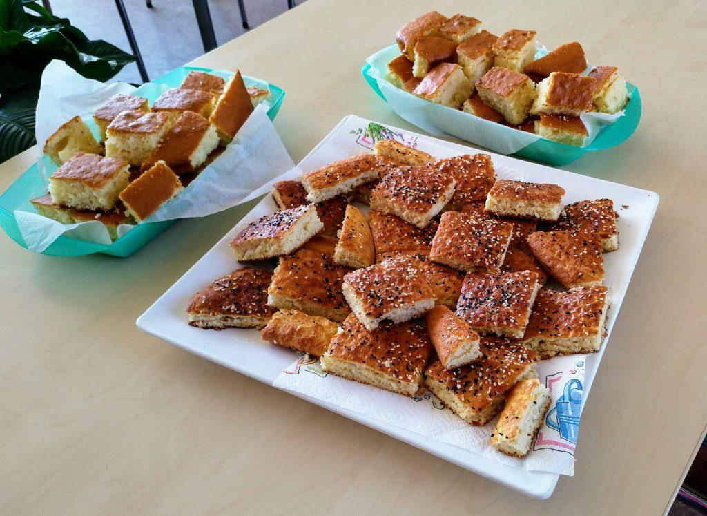 Afghaanse hapjes gebakken door buurtbewoner Fazila voor de inspiratie middag