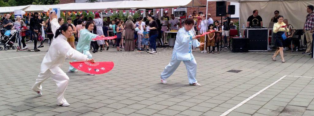 Chinese dansgroep voor jong en oud