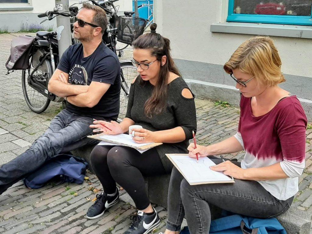 Urban sketching op straat